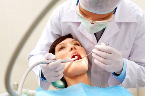 Na czym polega leczenie kanałowe zęba?